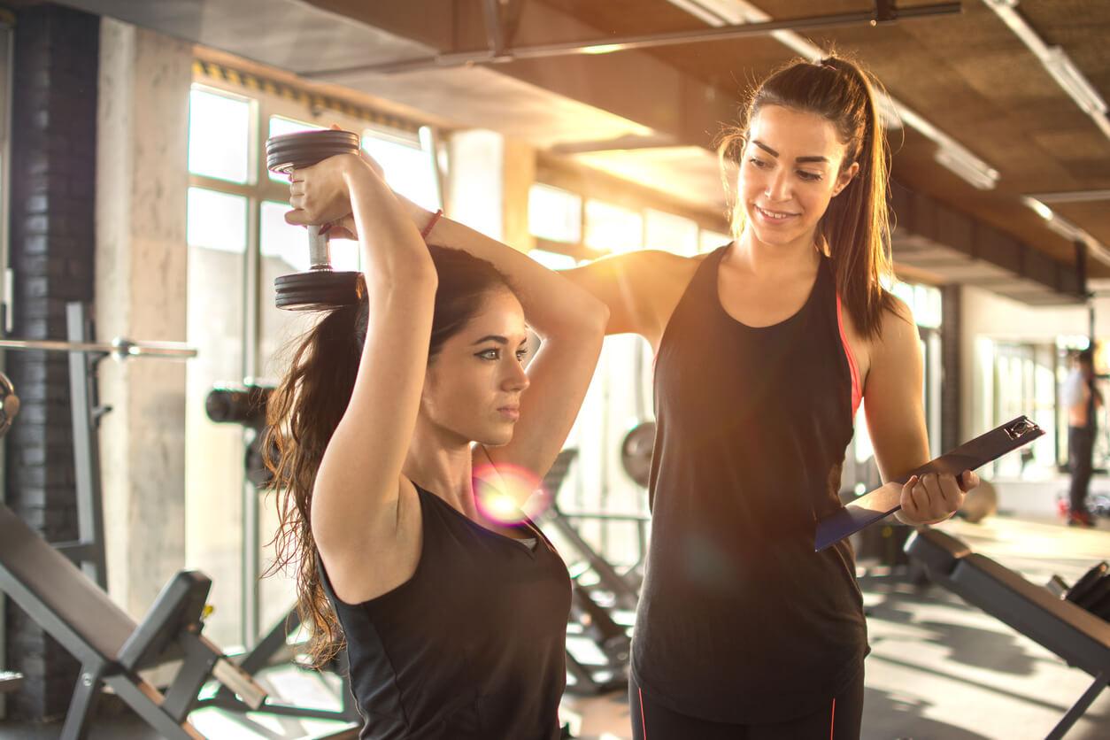 除了跑步機,健身房裡的重訓器材你知道該如何使用嗎?