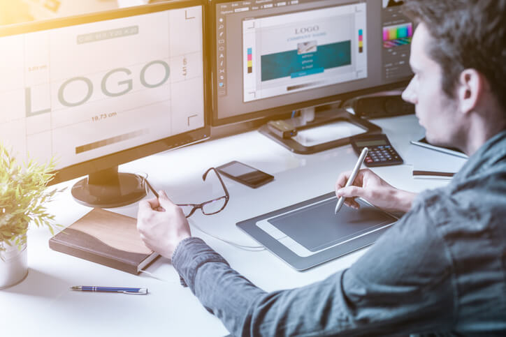 除了設計LOGO,平面設計師們都在做些什麼