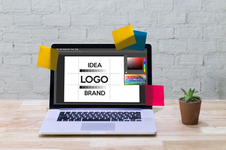 平面設計是以文字、圖像、色彩的組合與排列呈現想要傳達的事件