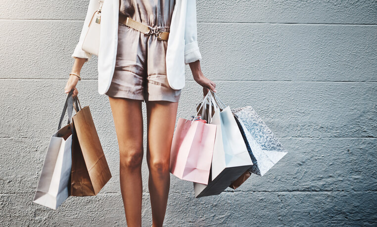 穿這樣就對了!精選5款女生衣櫃裡應該擁有的衣服