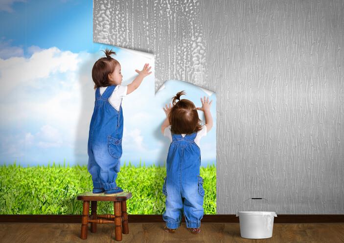 遮蔽及美化原有物就是壁紙的主要功用,不但花色豐富,樣式多,相較於其他室內裝潢的建材,價格也較為便宜。