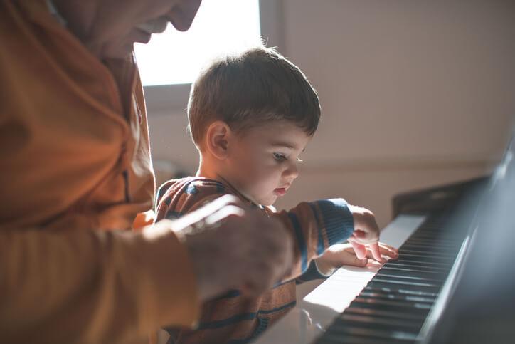 學習彈奏鋼琴只能在10歲以前嗎?