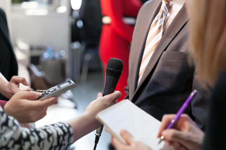 想當記者?只有熱情是不夠的,帶你認識4個真實面