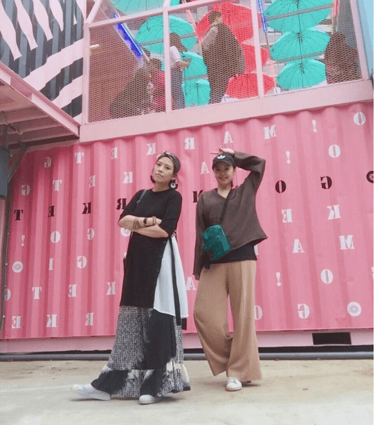 桃園貨櫃市集:粉嫩雨傘與馬卡龍鞦韆超吸睛