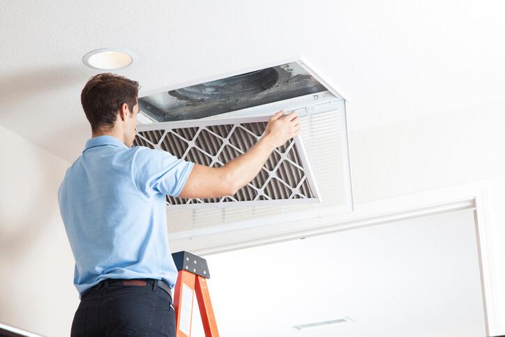 夏天想省電讓室內清涼必做!清洗乾淨你的冷氣機就對了